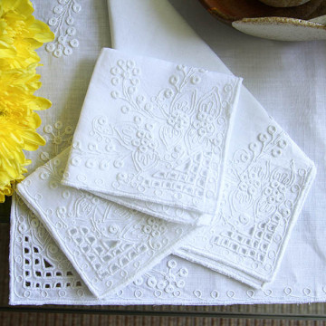 Antique Design Linen Placemats